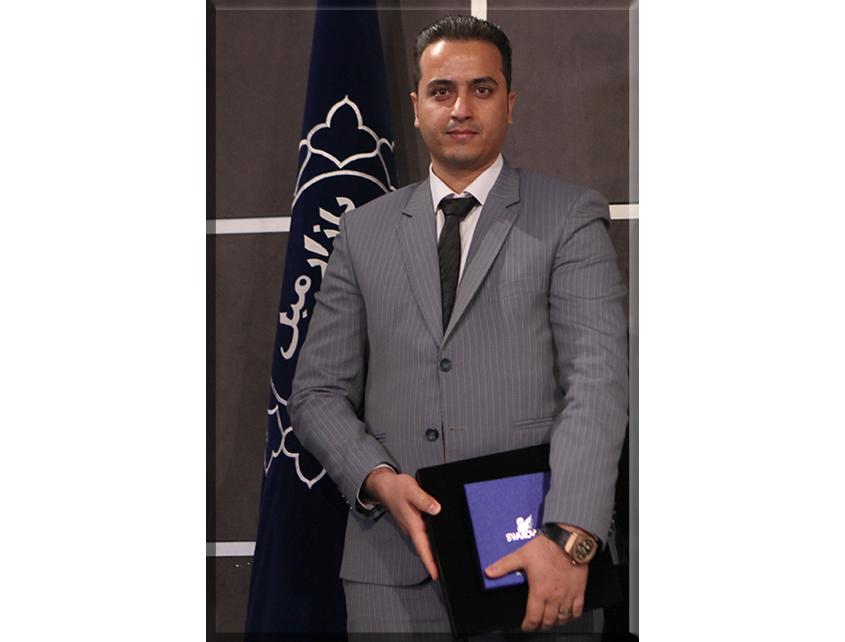 آقای محمود اخلاقی (لوستر انصاری)